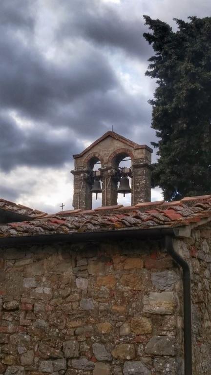 Il campanile del Santuario della Madonna delle Nevi di MIgliari (Pergine v.no)