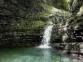 La bellissima cascata che conclude l'ardito percorso dell'Orrido di Botri...